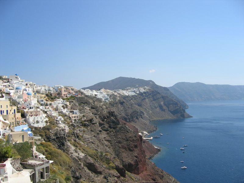 جزيرة سانتوريني اليونانية santorini.jpg